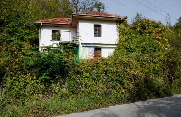 Снимка №4 Селска къща продава in Габрово област, Селище