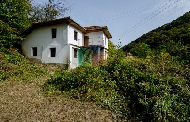Снимка №1 Селска къща продава in Габрово област, Селище