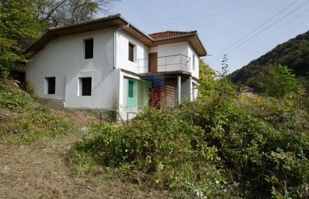 Снимка №5 Селска къща продава in Габрово област, Селище