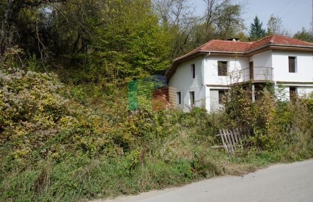 Снимка №23 Селска къща продава in Габрово област, Селище