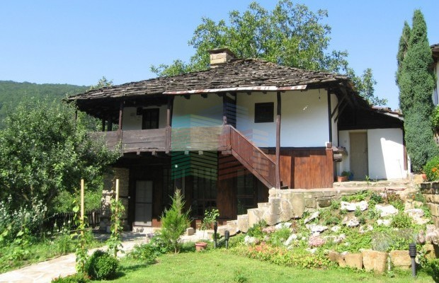 Снимка №4 Селска къща продава in Габрово област, Боженци