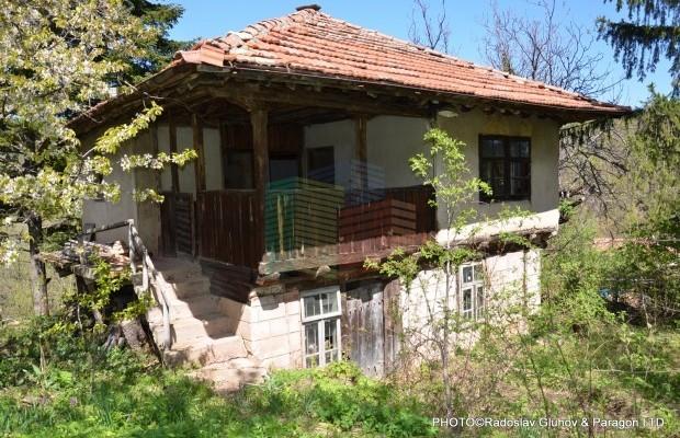 Снимка №2 Селска къща продава in Габрово, Етъра