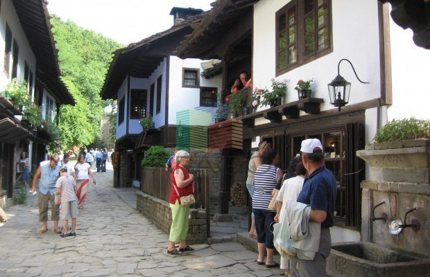 Снимка №6 Урегулиран парцел продава in Габрово, Етъра