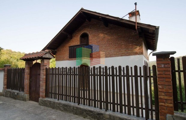 Снимка №4 Селска къща под наем in Габрово област, Зелено дърво