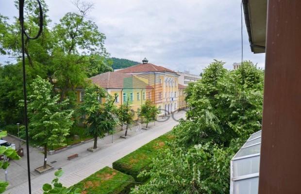 Снимка №1 3 стаен апартамент продава in Габрово, Център