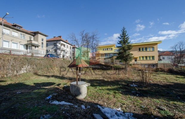 Снимка №2 Урегулиран парцел продава in Габрово, Баждар