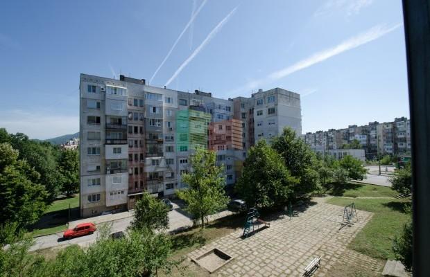 Снимка №2 2 стаен апартамент продава in Габрово, Младост
