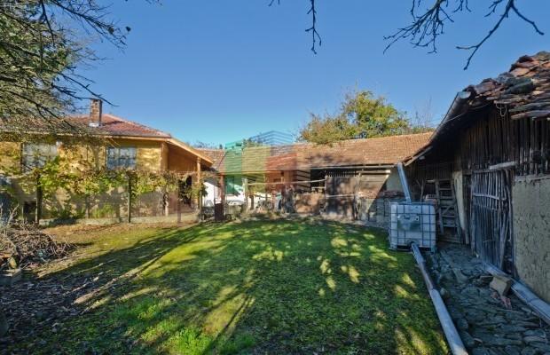 Снимка №2 Селска къща продава in Велико Търново, Капиново