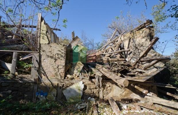 Снимка №4 Селска къща продава in Велико Търново, Капиново