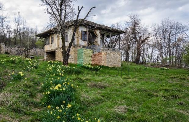 Снимка №2 Селска къща продава in Габрово, Чехлевци