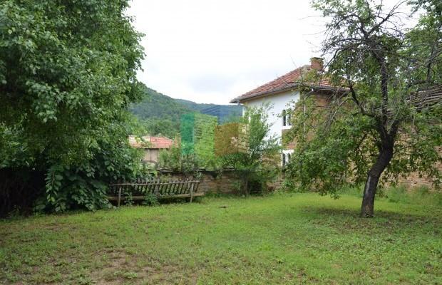 Снимка №4 Селска къща продава in Габрово област, Караиванца