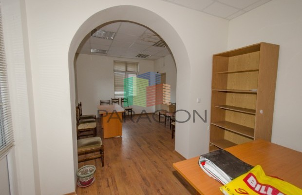 Снимка №5 Офис продава in Габрово, Център