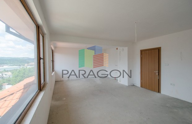 Снимка №2 3 стаен апартамент продава in Габрово, Тлъчниците