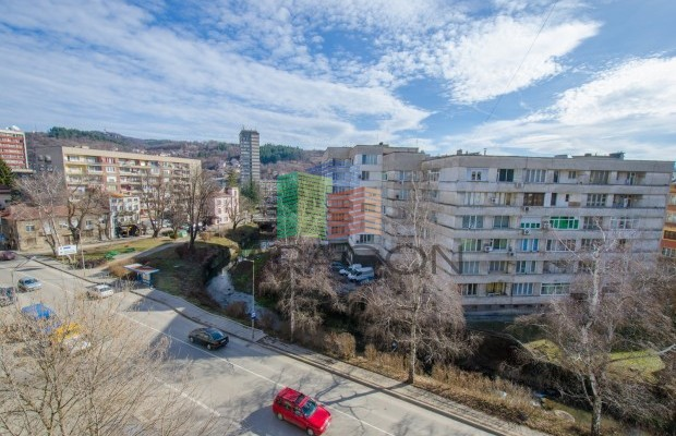Снимка №3 2 стаен апартамент продава in Габрово, Център