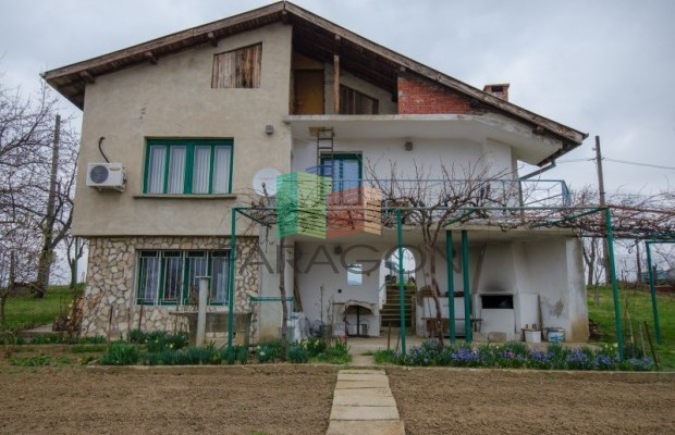 Снимка №1 Селска къща продава in Габрово област, Донино