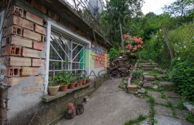 Снимка №1 Градска къща продава in Габрово, Шенини