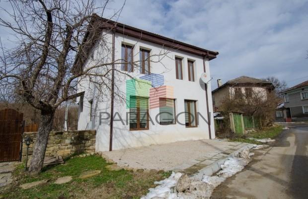 Снимка №2 Селска къща под наем in Габрово област, Кметовци